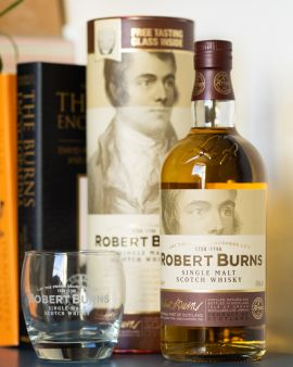 Robert Burns Single Malt Scotch Whisky 70cl with Glass